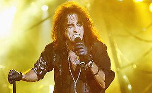 Tarp šių metų pretendentų į rokenrolo šlovės muziejų - Alice Cooper'is, Tom'as Waits'as ir Bon Jovi